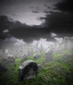 Graveyard in Fog © Can Stock Photo Inc. / [Jag_cz]